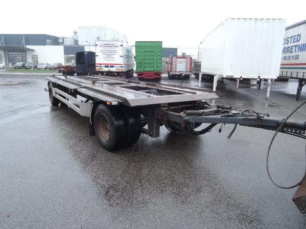 Scania R480 8X2 04.jpg