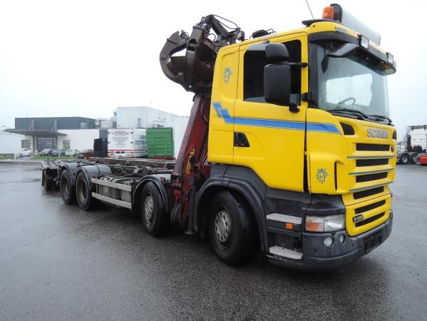 Scania R480 8X2 02.jpg