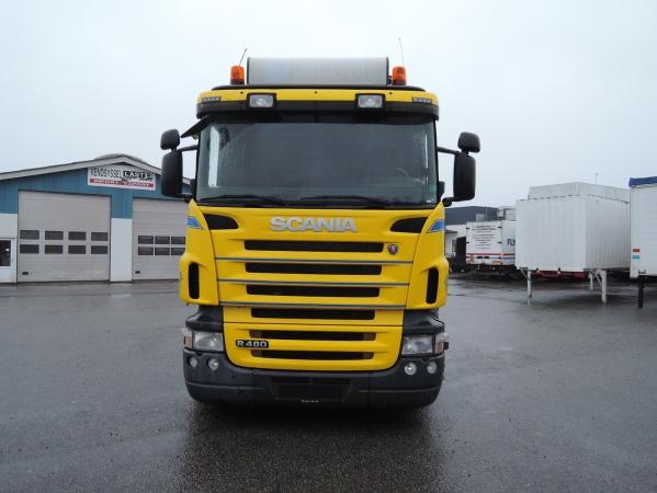 Scania R480 8X2 03.jpg