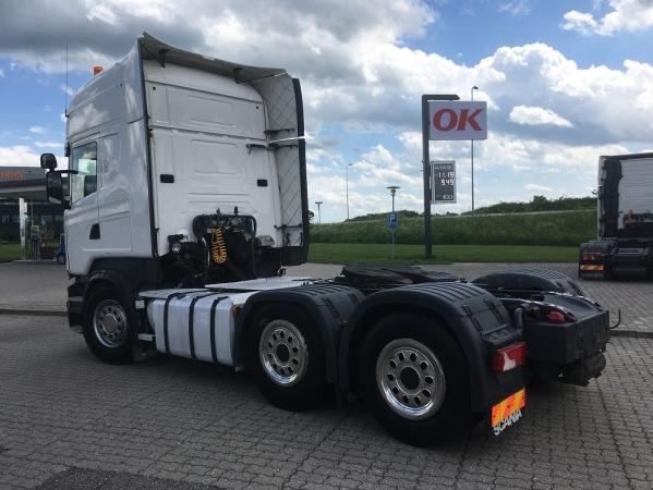 Scania R500 6X2 05.jpg