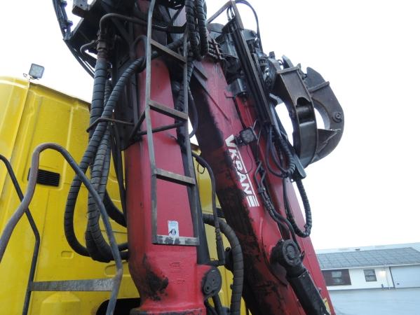 Scania R480 8X2 09.jpg