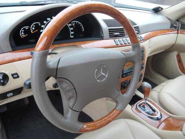 Mercedes S500 5,0 AUT 07.jpg